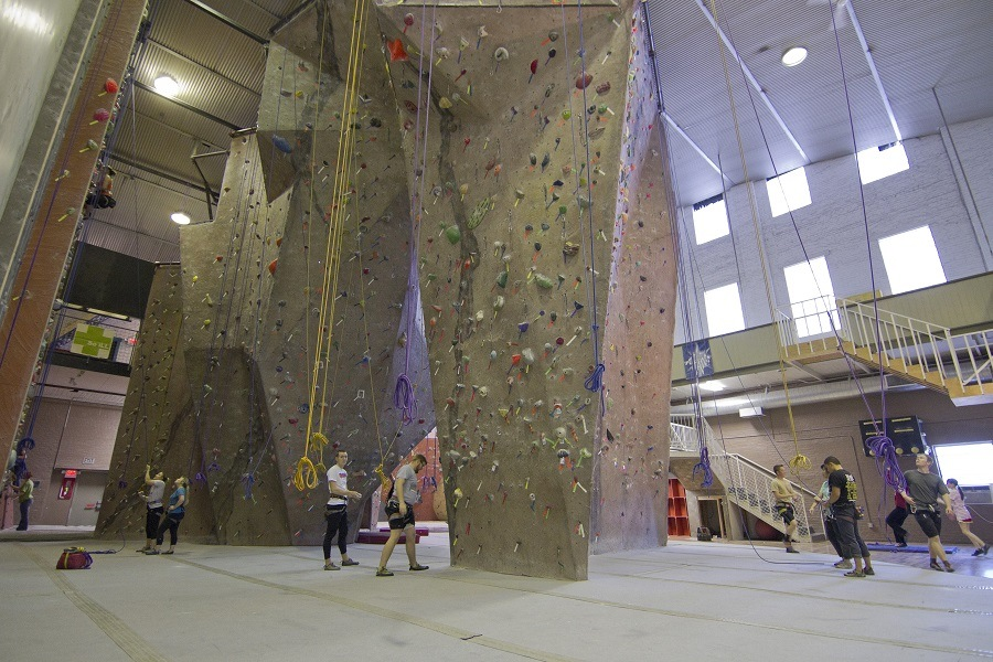 Indoor Rock Climbing Vs. Outdoor Rock Climbing