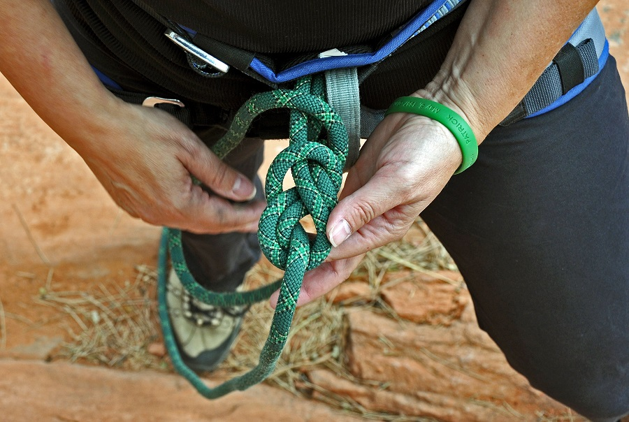 Learn 3 Basic Climbing Knots: A Guide For Beginner Climbers
