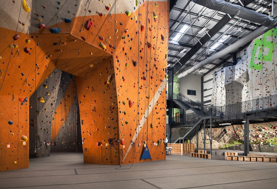 Everything That You Need To Know About Indoor Rock Climbing
